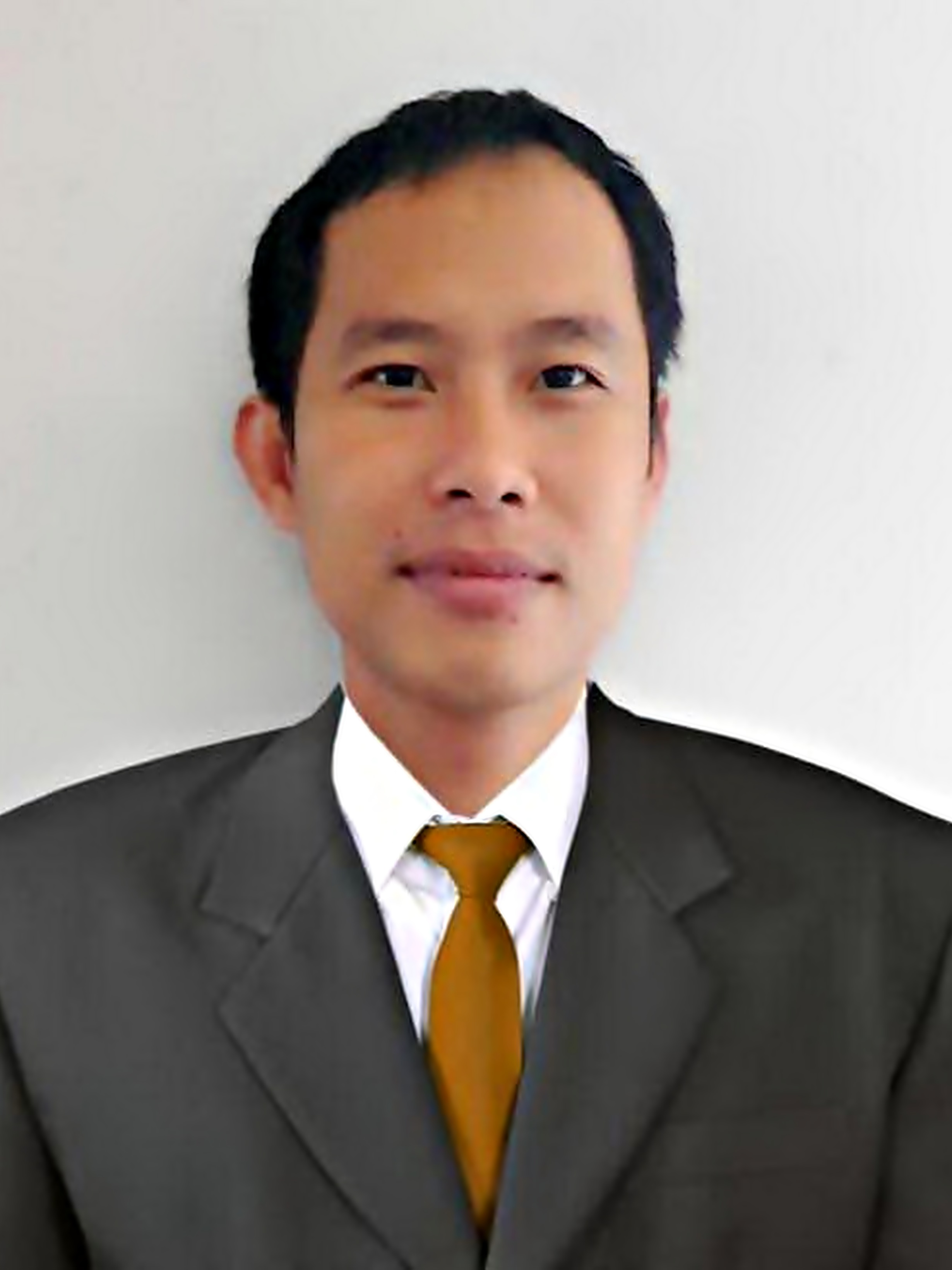 Mr.Sirichai Pansomlee